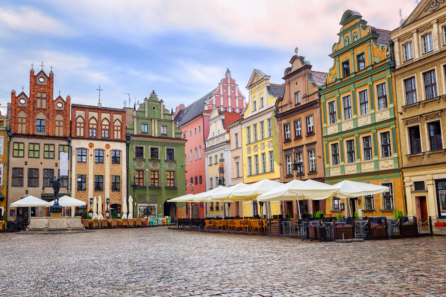 Poland travel - Comprehensive tourist travel guide through beautiful